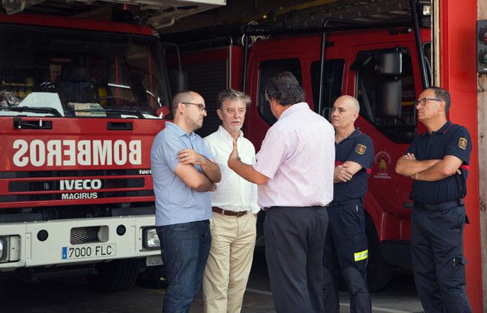 Trabajar para tener plantilla e instalaciones actualizadas de bomberos