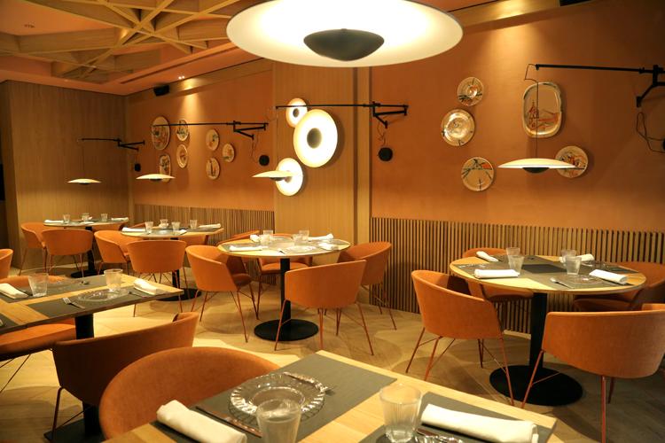 Ayuntamiento de zaragoza restaurantes restaurante for Oficina de turismo albarracin