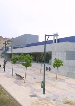 Centro deportivo municipal jos garc s equipamiento de la for Piscina jose garces