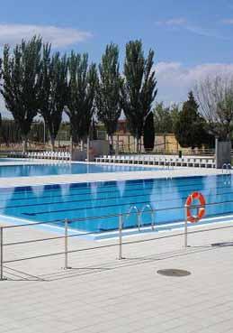 Centro deportivo municipal valdefierro equipamiento de la for Piscinas de zaragoza
