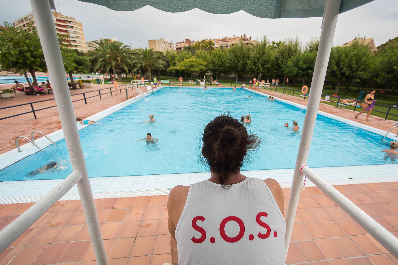 Ayuntamiento de zaragoza noticias las piscinas municipales registran un 11 m s de usos que el - Piscinas municipales zaragoza ...