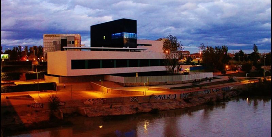 Ayuntamiento de zaragoza restaurantes aura restaurante for Oficina de turismo en zaragoza